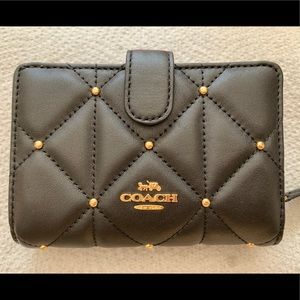 NWT Coach Quilted wallet